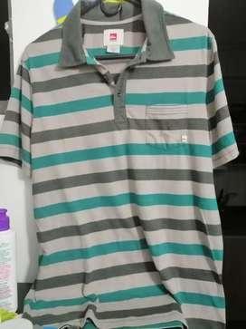 Quiksilver Camiseta Tipo Polo Talla M en Buen Estado