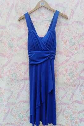Vendo Vestido color azul hermoso