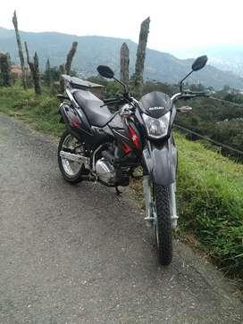 Suzuki Dr150 modelo 2022