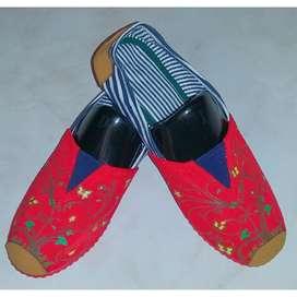 Zapatillas Suela Roja Con Ramas Verdes talla36 con envio gratuito