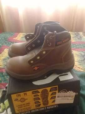 Vendo botas marca Steel Worker