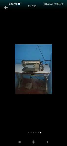 Máquina de coser singer buen estado necesita manteniendo por falta de uso