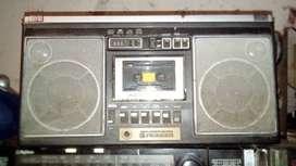 antiguo grabador piooneer japones radio AM y FM casettera no anda
