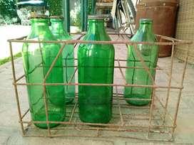 Cajon de Hierro con 5 Botellas de Aceite