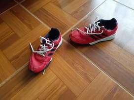 Zapatos Adidas usados