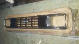 Parrilla Toyota Hilux o 4 Runner modelo 1990 Nueva
