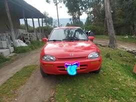 Mazda 121 como nuevo