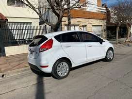 Ford fiesta kinetic 2014  100 mil km