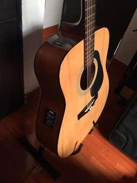Vendo guitarra yamaha FX 310A