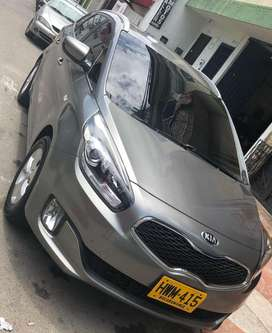 Vendo Kia Carens 2015