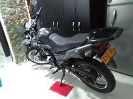 Vendo moto TTR 180