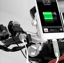 Cargador USB para Moto Celular 2 Puertos 12 voltios incluye servicio de instalación a domicilio Bogotá 1 año de garantía