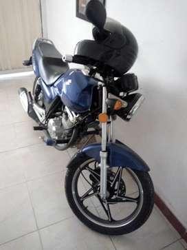 Moto Suzuki GS 125