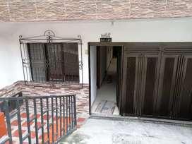Se vende casa 1 piso unifamiliar muy amplia