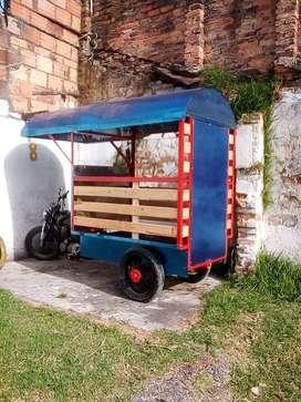 Vendo trimoto, trailer. Modelo de moto 2005 y trailer 2021