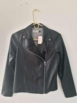 Vendo chaqueta nueva