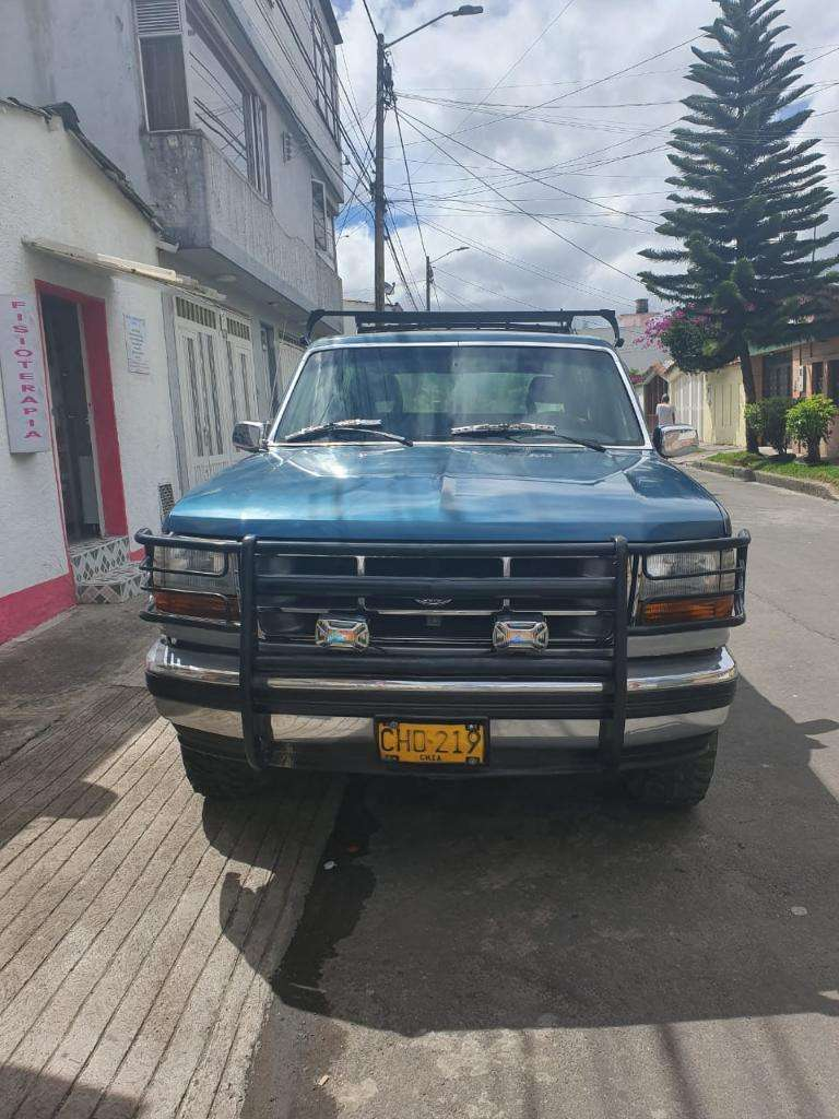 Ford Bronco 1993 0