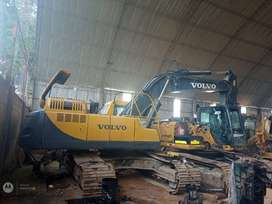 EXCAVADORA VOLVO EC-360LC AÑO 2005