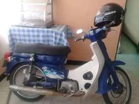 Motocicleta c 90 modelo 98