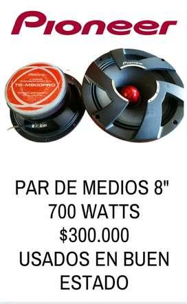 Medios Pioneer 8  700 watts