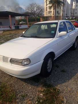 Se vende carro en buen estado (2,000) negociable