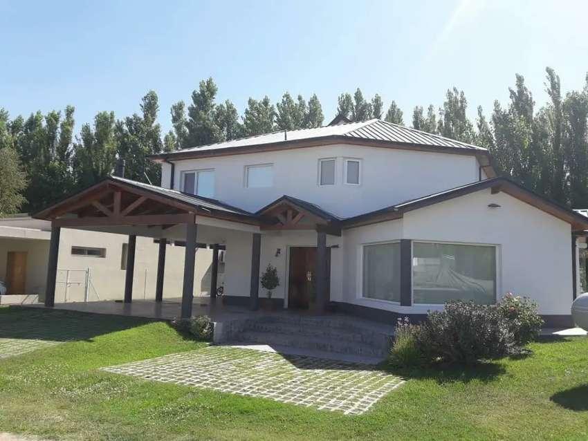 Casa barrio la COMARCA