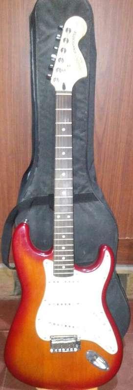 Oferta Guitarra Electrica Squier Usada