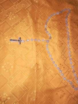 VENDO ROSARIO PIEDRA ONIX SAN LUIS, 1.70 mts. de largo, 60 dados de 2 cm. cruz 10 x 7 cm. PESO: 700 grs.