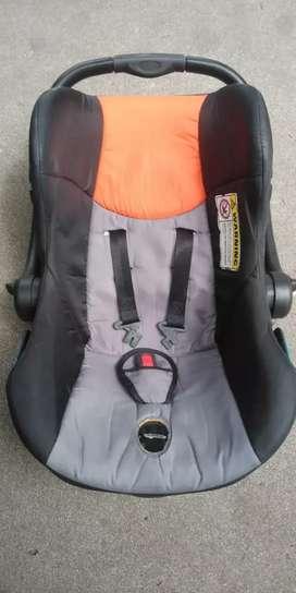 Vendo silla para auto
