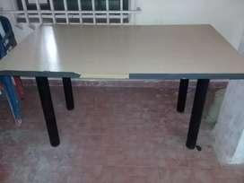 Vendo mesa rectangular en resistencia Chaco