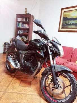 Vendo moto suzuki Gixxer
