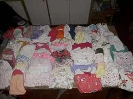 Ropa para bebé  varios(100 prendas)