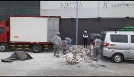 Eliminación de Desmonte // Malezas Muebles en Desuso