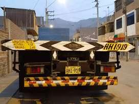 Ocacion vendo una plataforma de 9 metros para camion doble eje