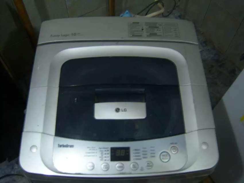 Venta lavadora LG 18libras