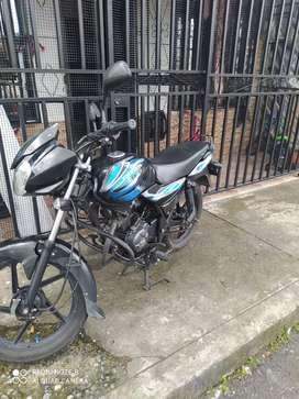 Vendo moto Discovery 100 1'700'000