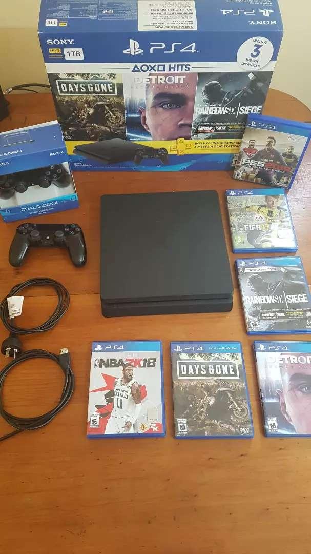 Playstation 4 Slim excelente estado ps4 0
