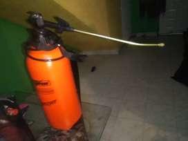 Fumigadora manual de 8 litros
