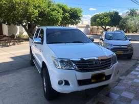 Toyota Hilux 4x4 diesel mod 2012, 2.5 diesel mecanica