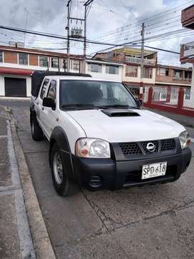 NISSAN FRONTIER DIESEL 4X4 DOBLECABINA 2012