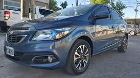 Vendo permuto Chevrolet onix ltz año 2013 full impecable