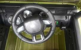 carro a bateria jeep a control remoto, llantas de goma