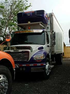 FREIGHTLINER TS500 26 PIES 6 CAMBIOS