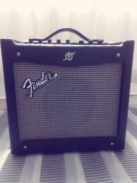 Amplicador Fender Mustang ( óptimo Estado)