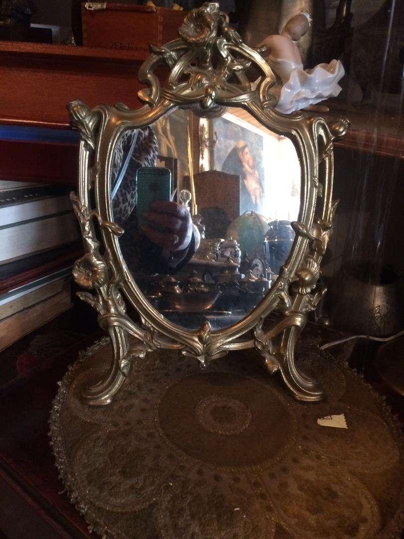 Espejo de mesa en bronce 0