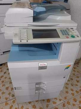 Fotocopiadora Ricoh 2051 color