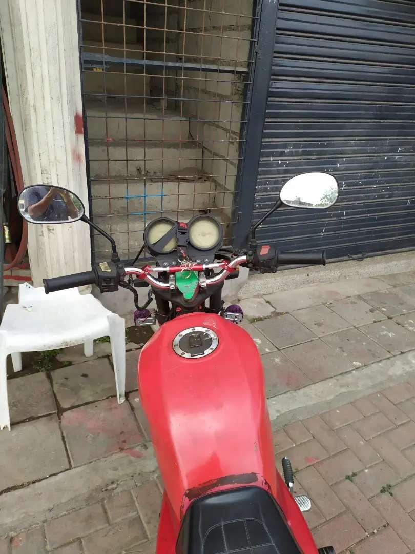 Vendo moto tras 0