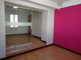 Alquilo Local Comercial en Av. Sol - CUSCO (2do piso)