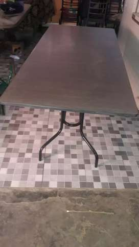Meson de 80x180 mas silla ah eleccion