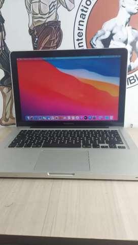 Macbook i5 sólido